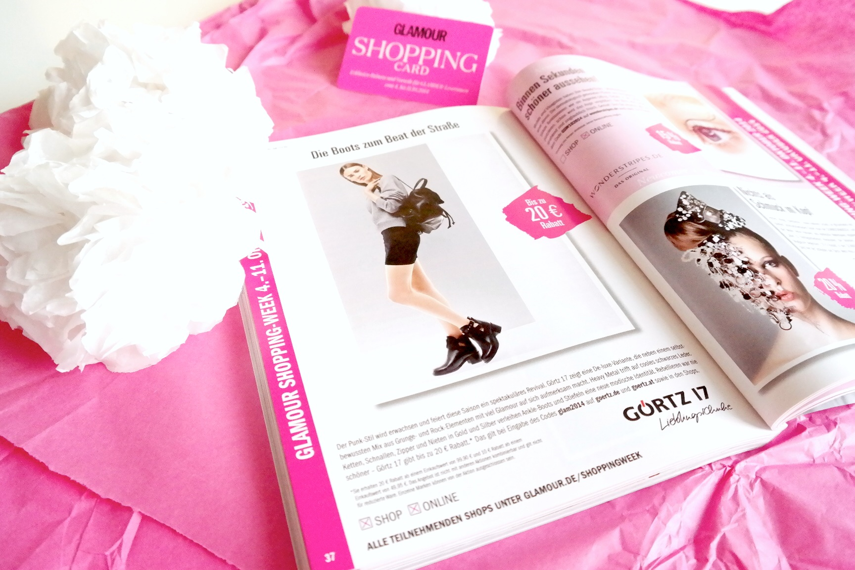 Zeitschrift Glamour Shopping Card