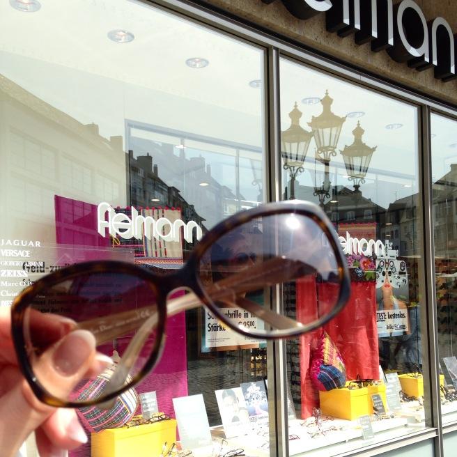 12 von 12 bloggeraktion missbonnebonne mein tag  fielmann dior sonnenbrille einstellen