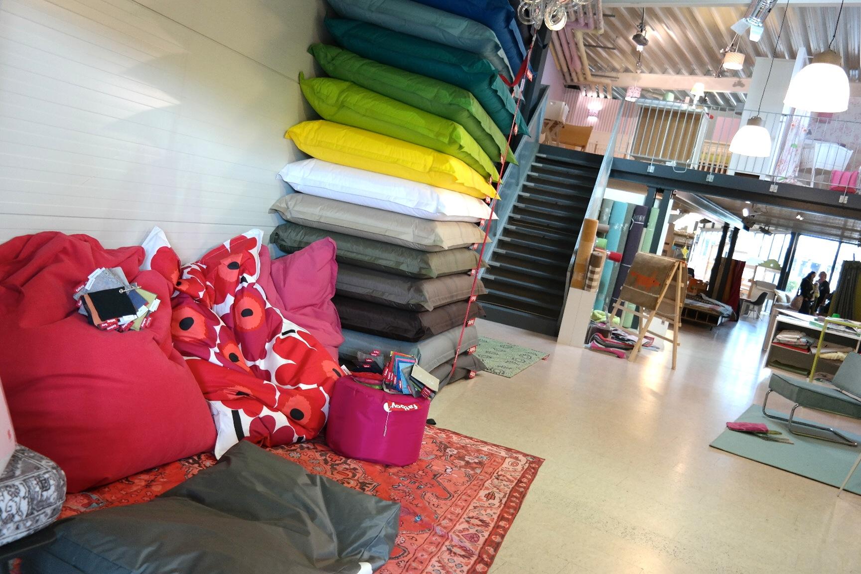 wie ein kindergeburtstag unser bloggertreffen bei de. Black Bedroom Furniture Sets. Home Design Ideas