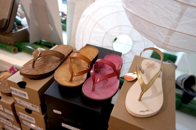 Kleiner August Schugeschäft Damenschuhe Kinderschuhe erste Schuhe Poppelsdorf Beratung Qualität Vermessung