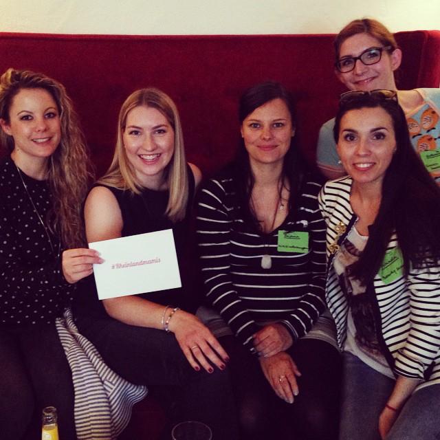 #rheinlandmamis bloggertreffen bloggerevent mamablogger mayras wohnzimmercafé cupcakes candy bar goodie bag alle
