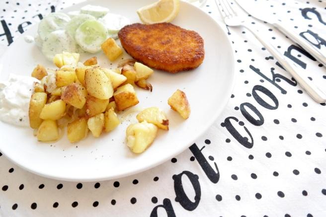 #wasesseichheute vegetarisch mittagessen blog bonn schnitzel schnell kochen alleine bratkartoffeln gurkensalat  rügenwalder mühle