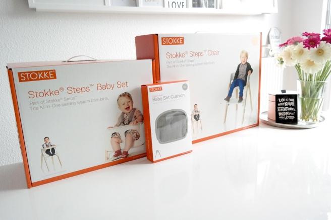 Stokke Steps Hochstuhl Beikosteinführung Babyschale Babysitz Kissen Weiß stylish schick modern
