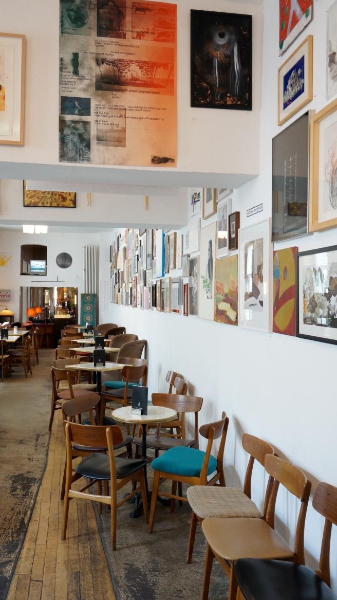 Meet me in cologne bloggertreffen event bloggen goodie bags cafe salon schmitz köln geschlossene gesellschaft