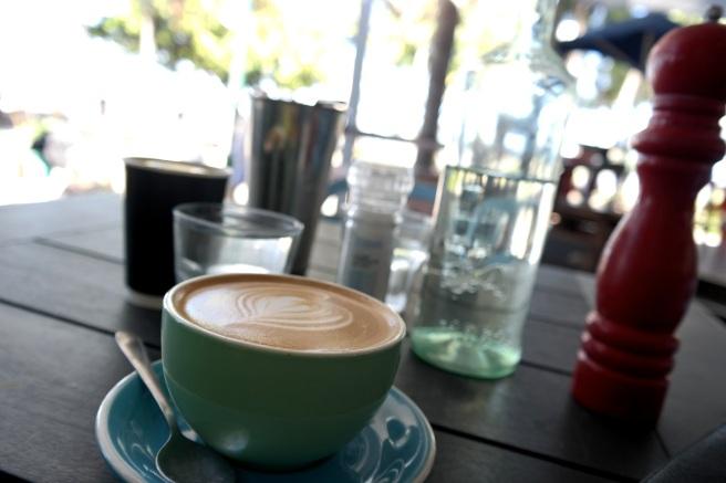 #missbbdownunder reisen mit kind kleinkind baby australien roadtrip ostküste tipps erfahrungsbericht empfehlung Palm cove Strand chill café