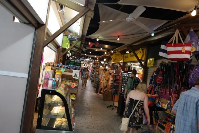 #missbbdownunder ostküste australien autofahren roadtrip mit kind baby cairns reiseblog erfahrung tipps nightmarket massage