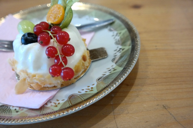 Cupcakes Cakepops Kaffeetrinken Bad Honnef Blog Tipp Makrönchen Törtchen Bonn hausgemacht besonders Babyshower bestellen