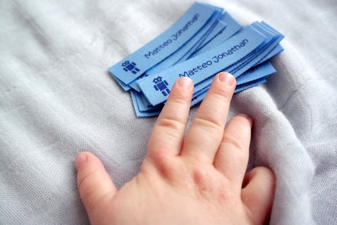 NAmensetiketten Mamablog BabyBB Superbabybb 11 Monate Baby