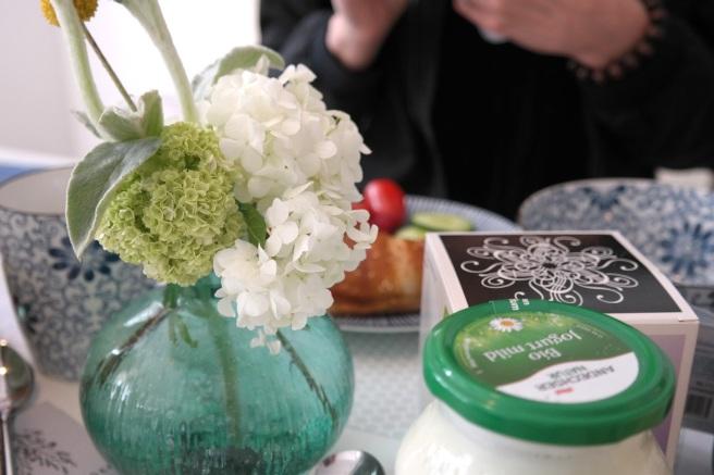 bloggerevent temma ihm wohnzimmer frühstück bioprodukte lifestyleblog food köln bonn gedeck
