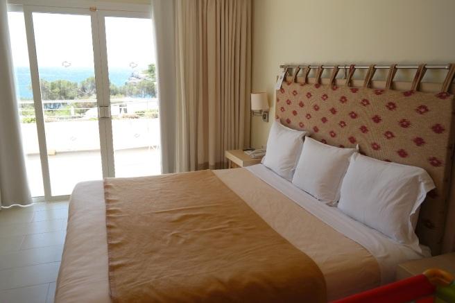Mallorca Reiseblog Puravida Hotel Portopetro Suite Mamablog Reisen mit Kindern Meerblick